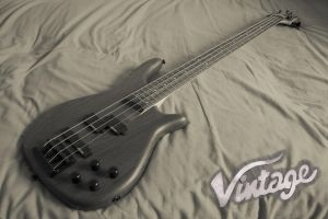 Vintage Bass by Rovanite