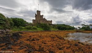 Dunvegan Castle by Pistolpete2007