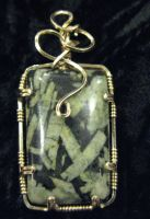 chinese writing stone in gold by DPBJewelry