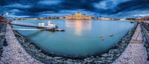 ...180 degrees panorama of budapest II... by roblfc1892