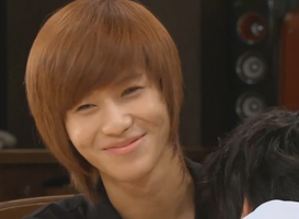 Taemin smug smile by MidnightMadness11
