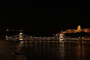 Budapest Chain Bridge by Elessar91