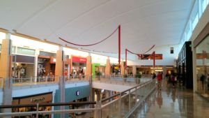 Early Christmas Decorations at Chandler Mall by BigMac1212