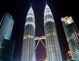 twin tower by andrioferrynieka