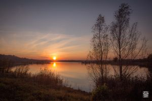 Dying sunset by sylvaincollet