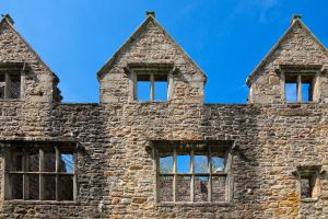 Donegal Castle II - HDR by somadjinn