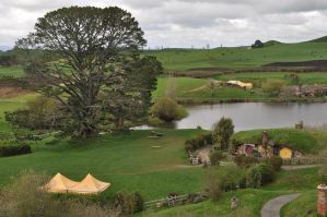 Hobbiton, 22nd of Sep by iRISSIEL