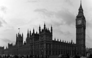 House of Parliament by Tschisi