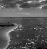 Drawn to the Ocean by erene