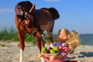 Share this apple by Shelfi