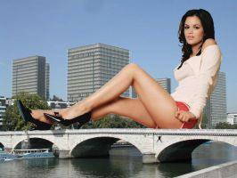 Rachel Bilsong on a bridge by Accasbel