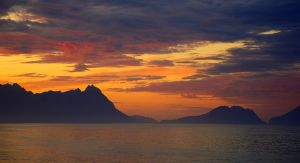 midsummer at the arctic by Mittelfranke