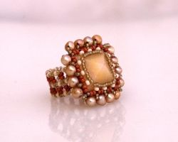 Cocktail ring with calcite pyramid R304 by Fleur-de-Irk