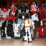 CW Protectobots - Groove w/ Defensor by glazios
