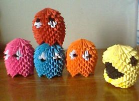 Pac-Man Origami by collarander