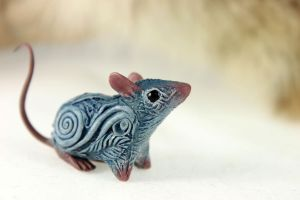 Little blue rat II by hontor