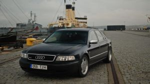 Audi A8 by ShadowPhotography