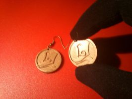 Professor Layton earrings by Yuki-Myst