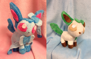Tiny Eeveelution Plushies by Glacdeas