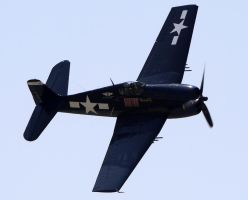 Grumman F6F-5 Hellcat Flyby by shelbs2