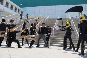 Izaya vs Celty - AX 2012 by AtomicBrownie