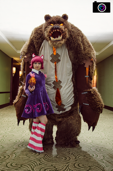 Annie and Tibbers by TitanesqueCosplay