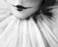 Pierrot Lips by larafairie