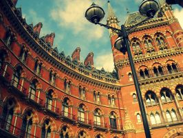 St. Pancras Station - Kings Cross - Harry Potter by LucaHennig