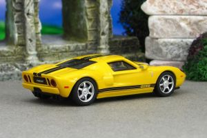 2005 Ford GT - yellow r - AutoArt by Deanomite17703cotd
