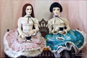 Two lolita outfits for my dolls by scargeear