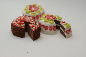 MCM Special mini cakes! by SteamPoweredFish