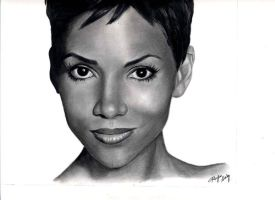 Halle Berry by reylia