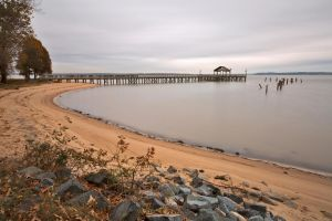 Leesylvania Beach Pier (freebie) by somadjinn