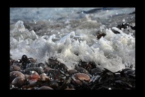 tide rushes in by kilted1ecosse