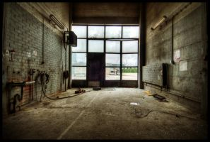 the Garage HDR workshop wchild by mtribal