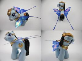 Baby Scarab by lovelauraland