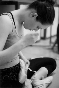 sewing shoes by g00seling