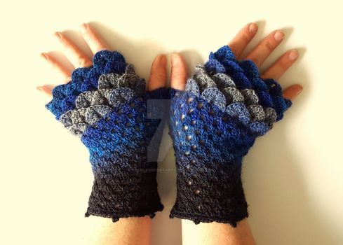 All the Blues Dragon Gloves by FearlessFibreArts