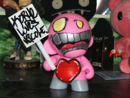 Love Munny by lostincaulfields