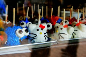 Cute Cakepops. by abbychunga