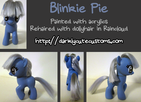 Blinkie Pie by Kanamai