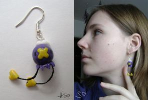 Drifloon earring by GabrielWings