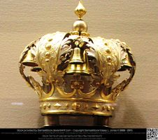 Elaborate Gold Crown by DamselStock
