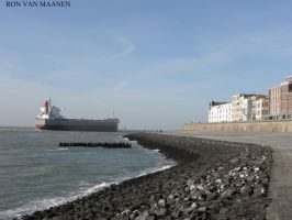 Beach Vlissingen, Netherlands 8-11-2014 by roodbaard1958