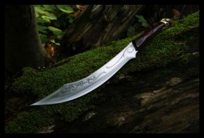 Aragorn's Elven Knife by darthpayback