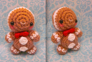 Lil Kawaii Christmas Gingerbread Man Amigurumi by Spudsstitches