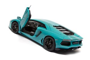 LP700 - 4 Aventador Lamborghini in Turquoise/blue by RaynePhotography