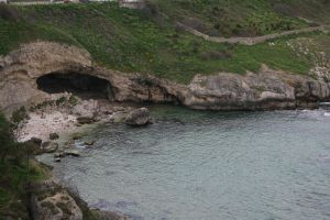 cave at sile beach by snaplilly