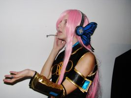 Luka Megurine Cosplay by CosplayCuties