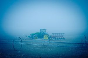 Tractor by Samtian